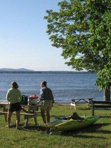 kayaking-brome-lake-douglass-beachs